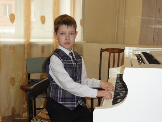 Конкурс пианистов до 23 лет